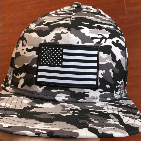 Under armor grey camp American flag hat NEW. M 5b637fdb12cd4a7bed8be224 077125fd4426